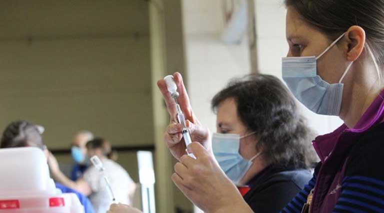 Nurse_COVID-19 Vaccine_Salem_Oregon_Jan 7 2021