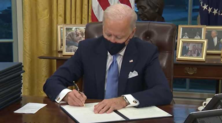 Joe Biden_Executive Orders_Oval Office_President_White House
