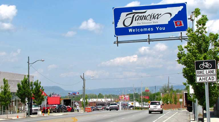 Tennessee_RoadSign_StateLine_Rossville_Georgia_Chattanooga_U.S.Route27