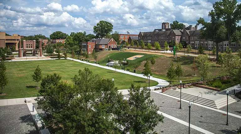 University of Tennessee Chattanooga College Campus Quad