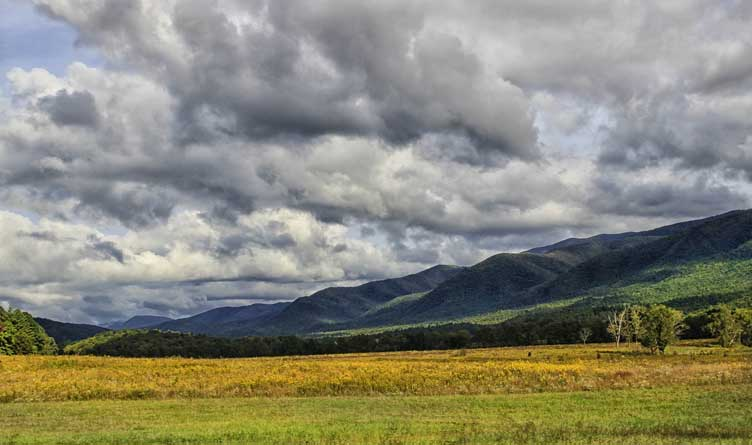 Cades Cove_Tennessee_Great Smoky Mountains_National Park