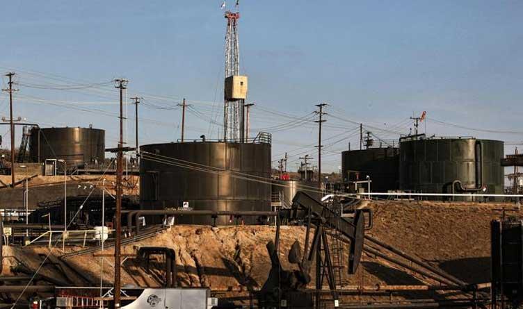 Pumpjacks_Hydraulic Fracturing_Fracking_Inglewood Oil Fields_Los Angeles_California