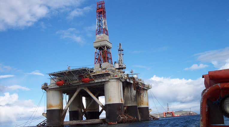 Global Santa Fe Rig 140 -2,800 Foot All-Weather, Twin-Hulled Semisubmersible Drilling Vessel