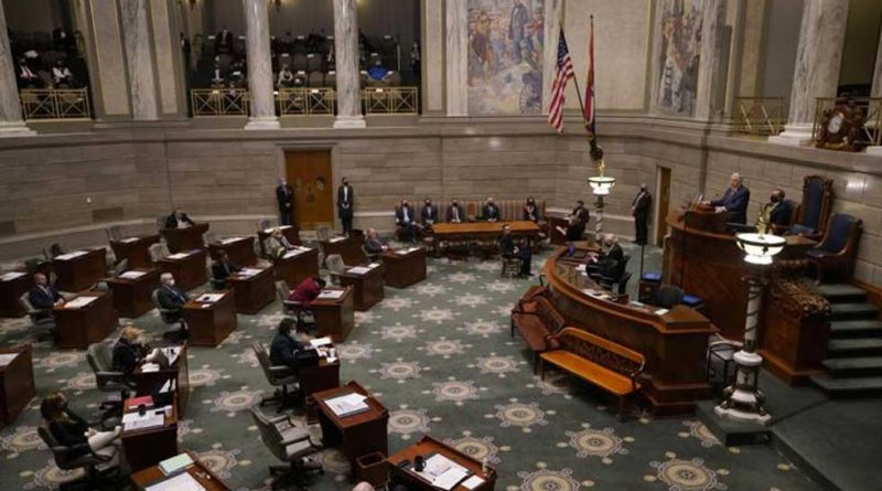 Mike parson_Jefferson City_Missouri_House Chamber