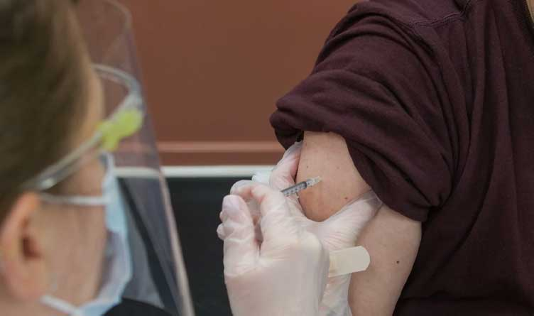 All Tennessee Adults Eligible For COVID-19 Vaccination By April 5