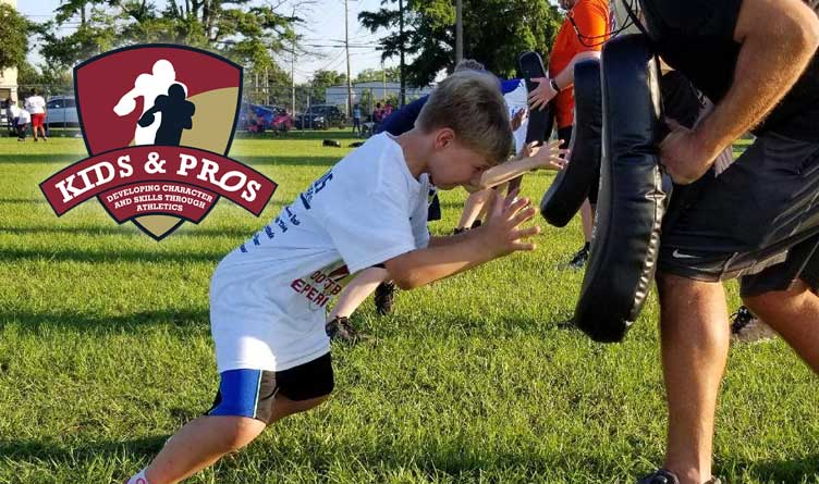 Kids and Pros Football Clinic Returns to Chattanooga