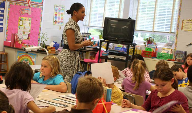 Tennessee's Teacher Shortage Addressed With Second Round Of Grants