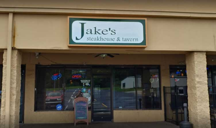 Tennessee restaurant owner in fight with feds over recovery funds