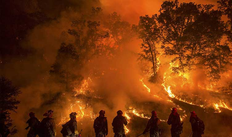 88 fires are burning in 11 Western states, forcing 8,400 evacuations