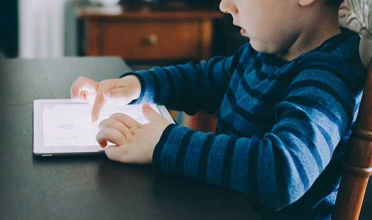 Blackburn Calls On Facebook To Disclose Internal Research On Children's Mental Health