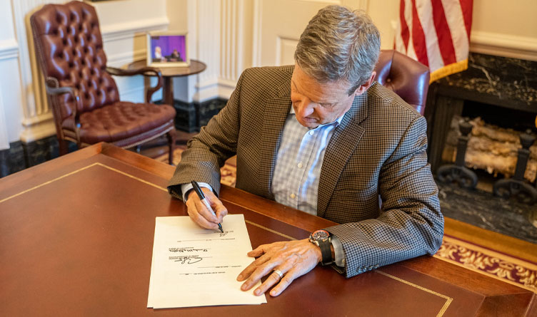 TN GOP Critical of Lee's Handling of Covid By Executive Order