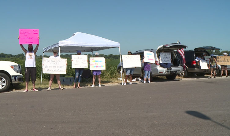 Tennessee Tyson Foods Employees Protest Vaccine Mandate