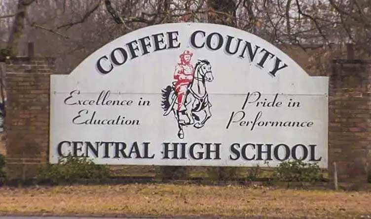 Coffee County Mom Pushes for Virtual Learners to Attend Homecoming Dance