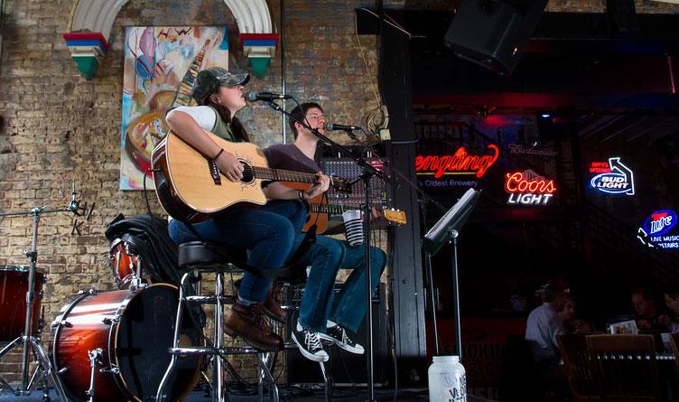 Tennessee Senators Introduce Legislation To Support Live Music Industry
